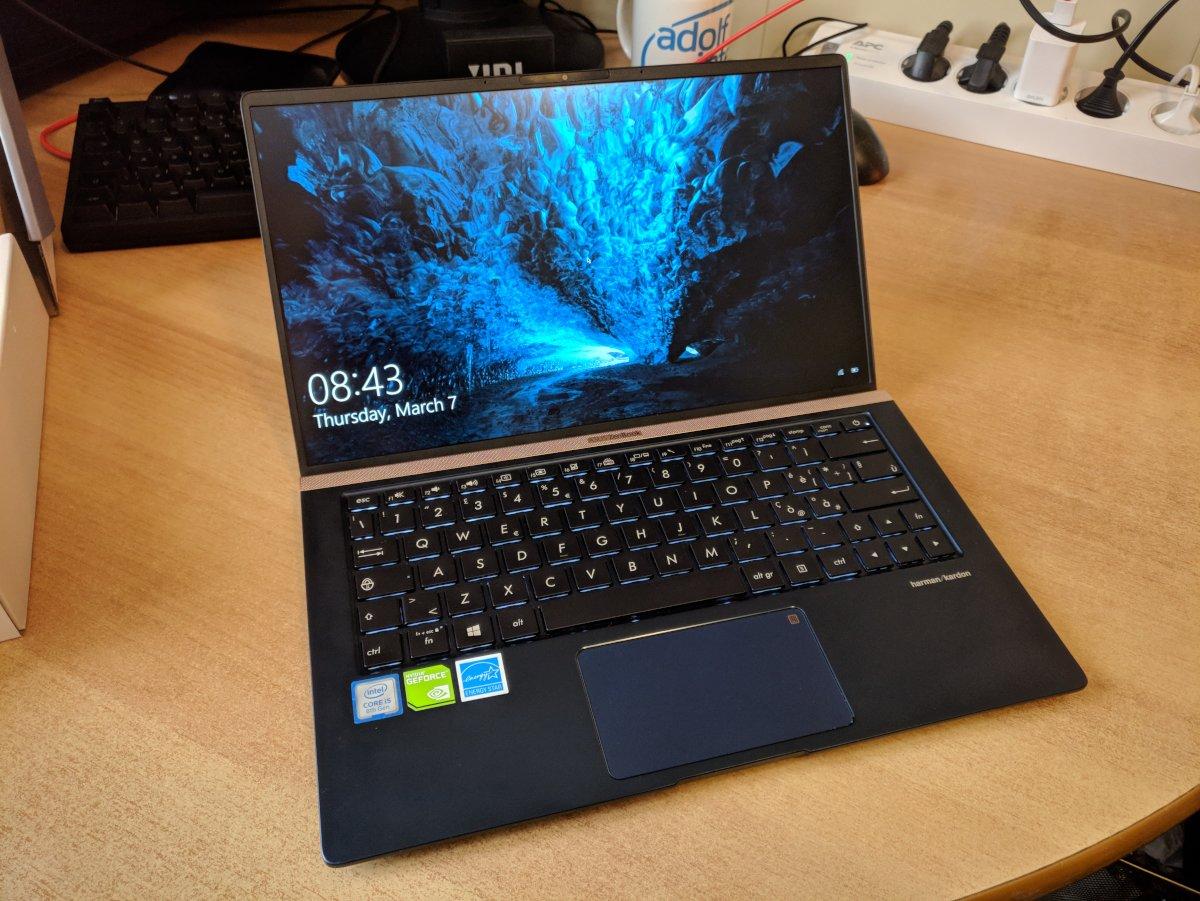 ASUS ZenBook UX333FN Review - Federico Dossena